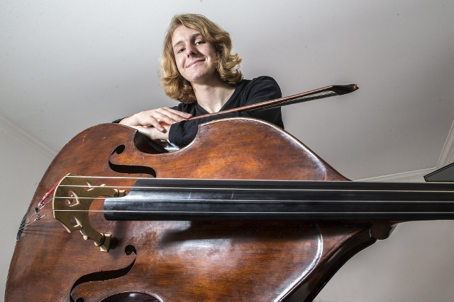ANNA: The Brazilian And Her Cello in the Pawshop