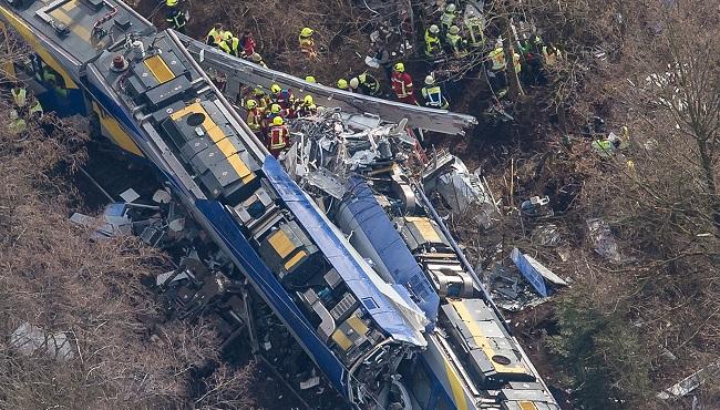 APTOPIX Germany Train crash_130782