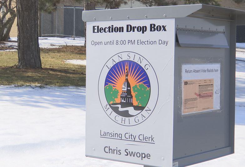 absentee voting_137902