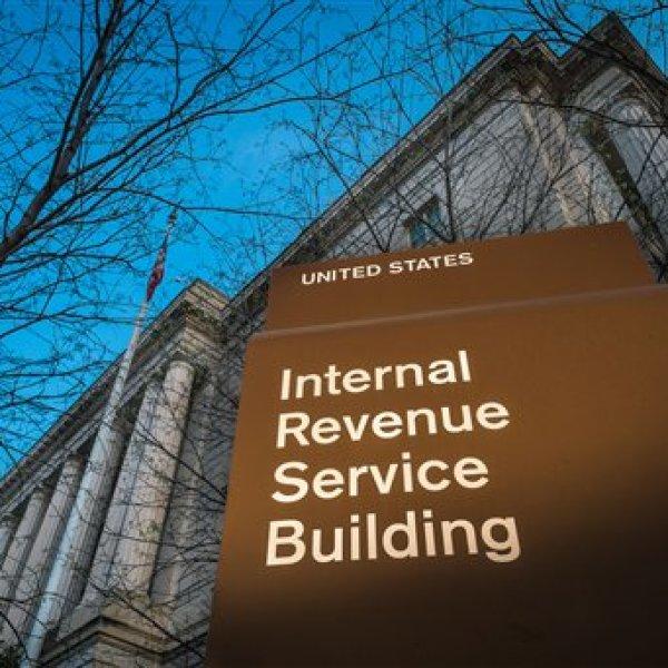 IRS Tax Day_215053