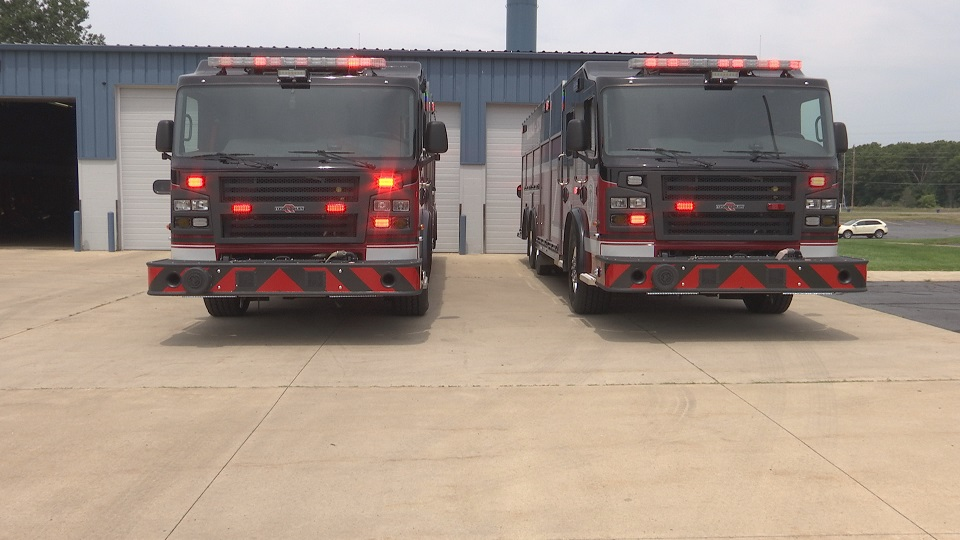 new fire trucks_294194
