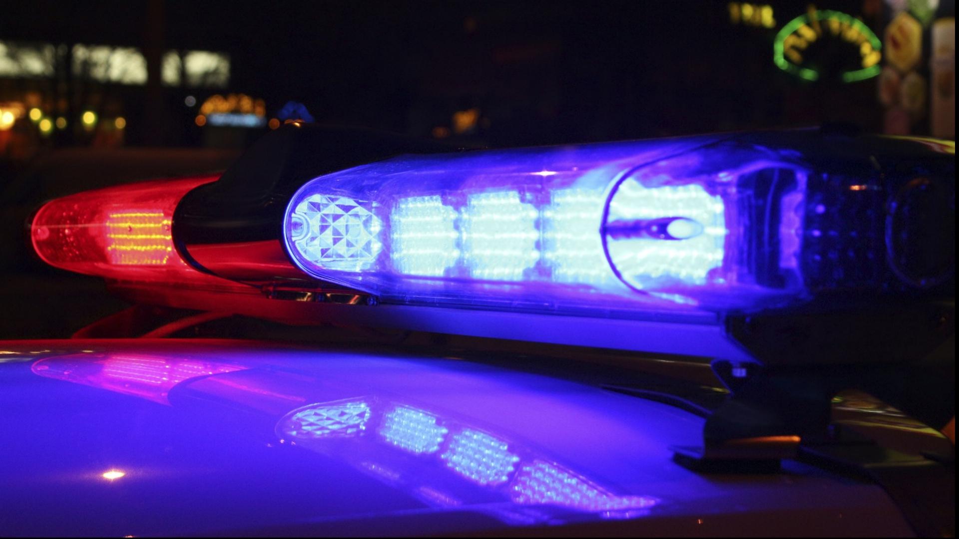 generic police siren 060918_1528529069395.jpg.jpg