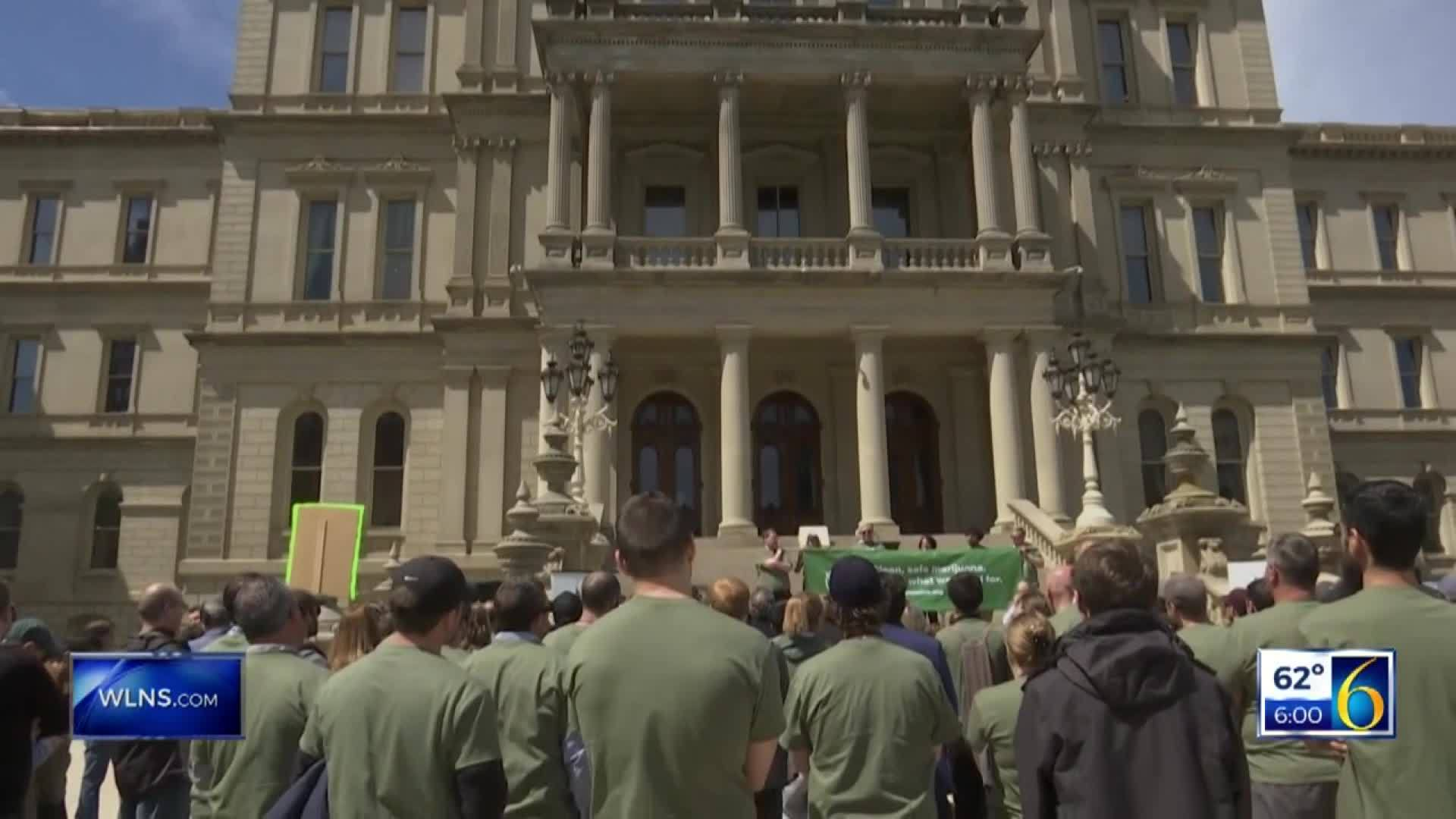 Marijuana protesters meet at Capitol