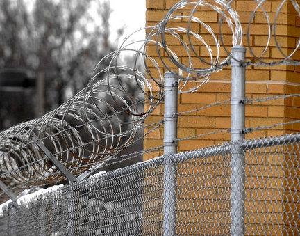 prisonjpg-ef59ef636eae676d_25963