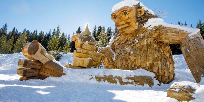 Breckenridge, Colorado, entfernender spaltender riesiger Holztroll