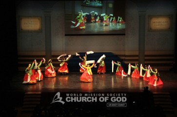 jubilee, 50th anniversary, World Mission Society Church of God, WMSCOG, Church of God, Mother's love, global harmony, key to harmony, orchestra, strings, amazing grace, dancing, NJPAC, traditional Korean dance, hwagwanmu