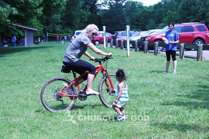 World-Mission-Society-Church-of-God-Kentucky-Louisville-Family-Lake-Cookout-5