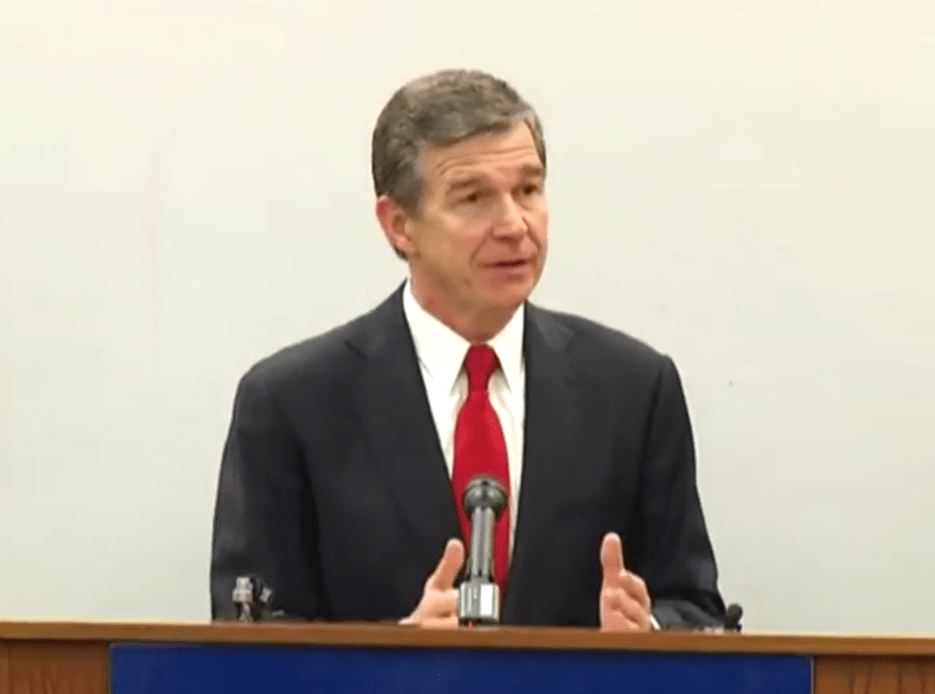 NC gov brings in teachers to build budget pressure | WNCT