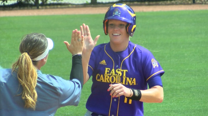 ECU Softball_395553