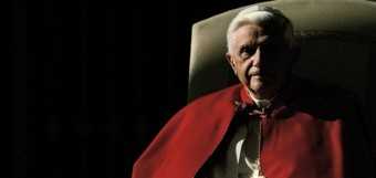 pope-benedict-throne-shadow