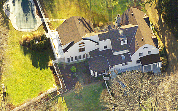 The Clintons' $1.7 million home in Chappaqua, N.Y., where they attempted to send White House furniture and other items as Clinton left office