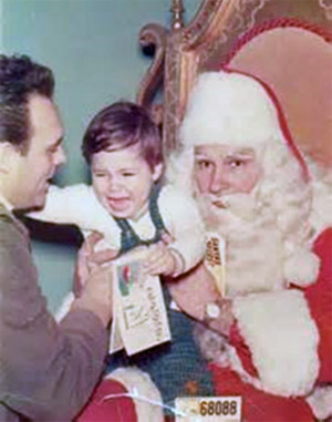 "Anthony LoBaido Sr. deals with his son's ""Santa-phobia"""