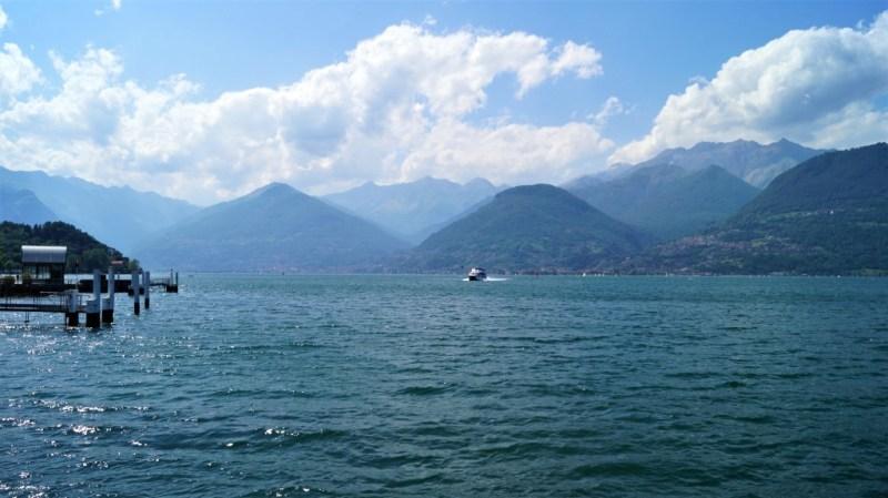 Mit dem Boot über den Comer See