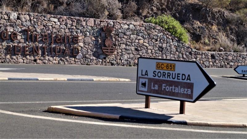 """Hinweisschild zur """"Fortaleza Ansite"""" - Festung von Ansite"""