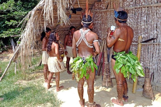 Südamerika - Ureinwohner im Regenwald
