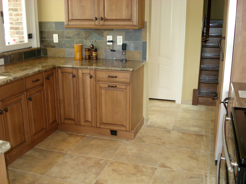 1000+ images about Kitchen cabinet colors on Pinterest on Kitchen Backsplash With Natural Maple Cabinets  id=71980