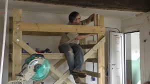 homemade-scaffolding-00078