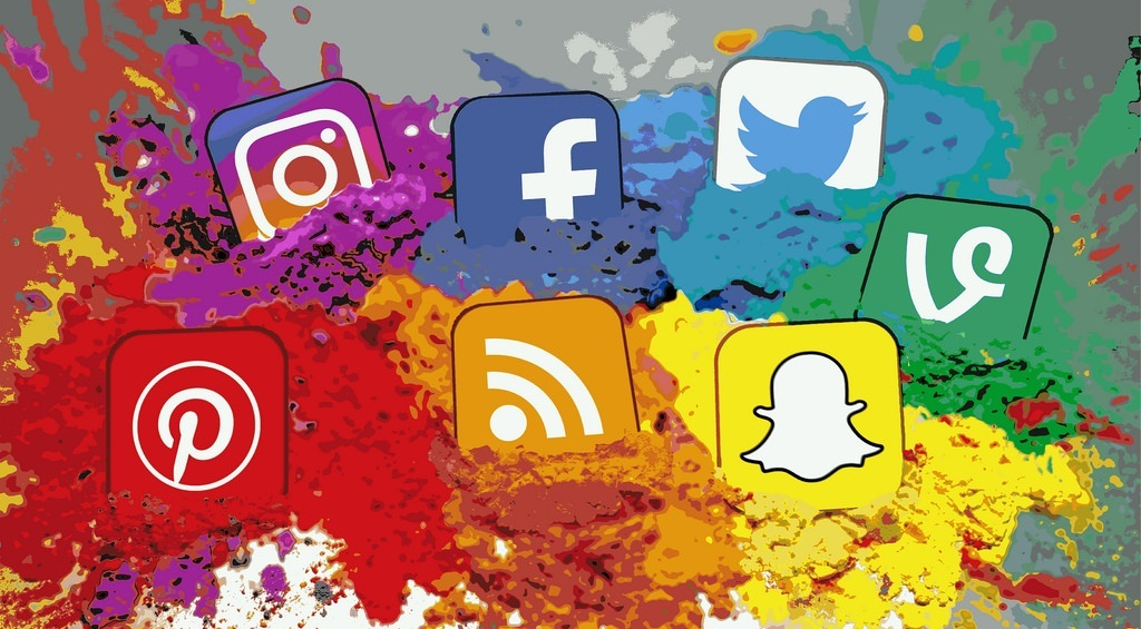 Organize Social Media and Email Marketing Campaigns Social media