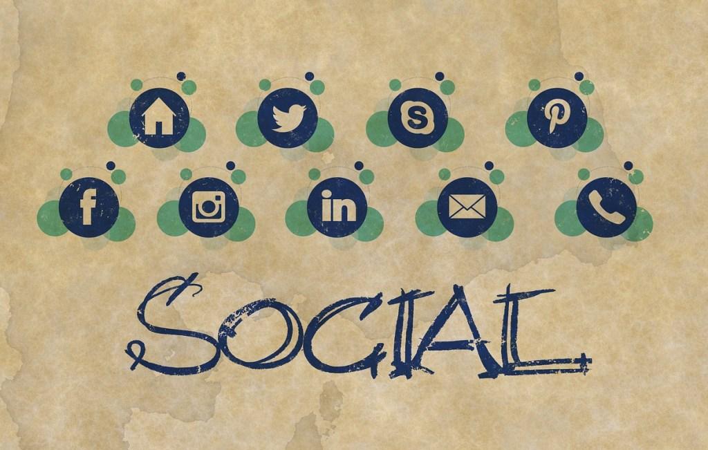 Ways in which Social Media Networking Boosts Your E-commerce Sales