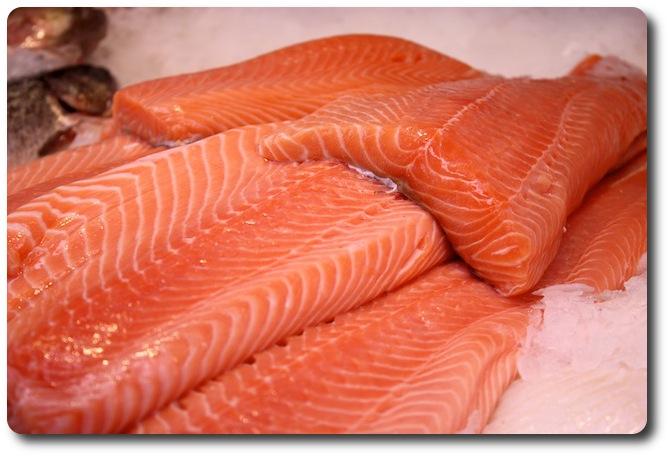 Frischen Fisch und vieles mehr auf den Wochenmärkten in Lübeck kaufen