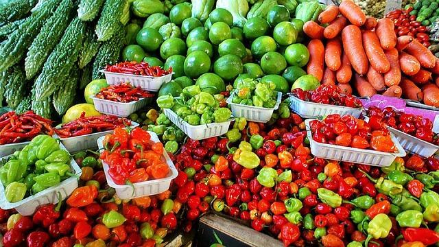 Frisches Gemüse vom Wochenmarkt in Ulm