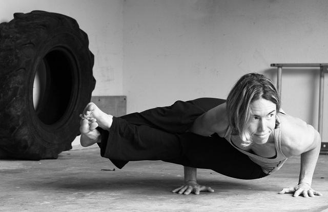 Le crossfit et le yoga comme le yin et le yang