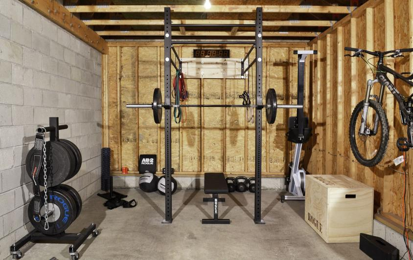 construire une mini box dans son jardin ou son garage actus crossfit. Black Bedroom Furniture Sets. Home Design Ideas