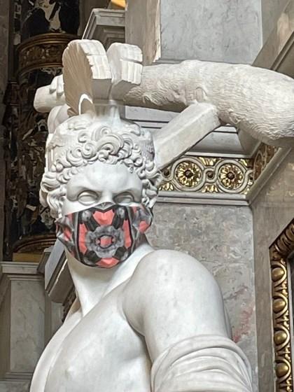 Theseus Statue im Stiegenaufgang