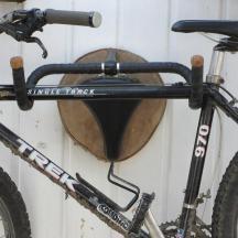 so baust du dir einen bike wandhalter und eine garderobe gleich mit dazu wohn