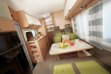 Wohnmobil für 2-6 Personen 360° Innenansicht