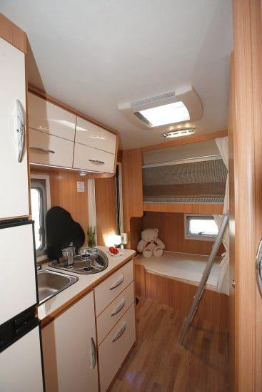 wohnmobil mit klimaanlage mieten wohnmobil mieten bei. Black Bedroom Furniture Sets. Home Design Ideas