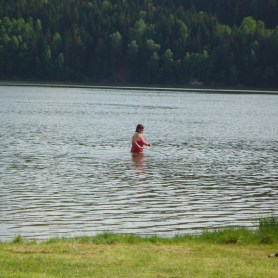 Anbaden im Bergsee