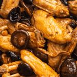 Braised wings and mushrooms