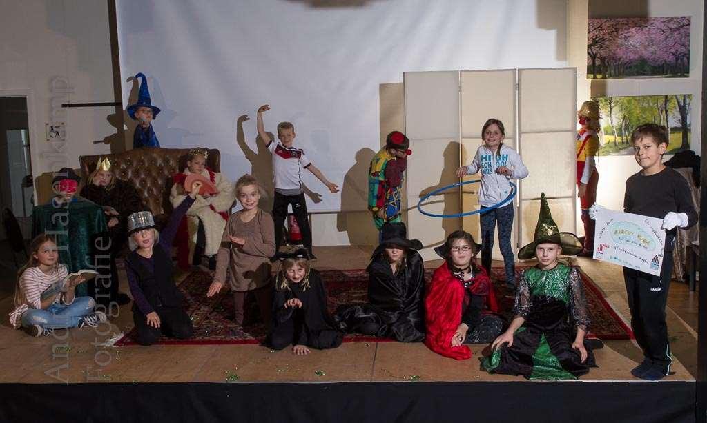Damit die Zuschauer etwas erleben können, proben die 16 Kinder im Theater-Workshop im Kulturbahnhof Hiltrup. Foto: A. Hasenkamp, Fotograf in Münster. Foto: A. Hasenkamp, Fotograf in Münster.