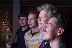 """Christian Bleiming und die """"Raintown Ramblers"""" im Kulturbahnhof Hiltrup: Christoph und Fabian Rosmaity sowie Alex Lex Foto: A. Hasenkamp, Fotograf in Münster."""