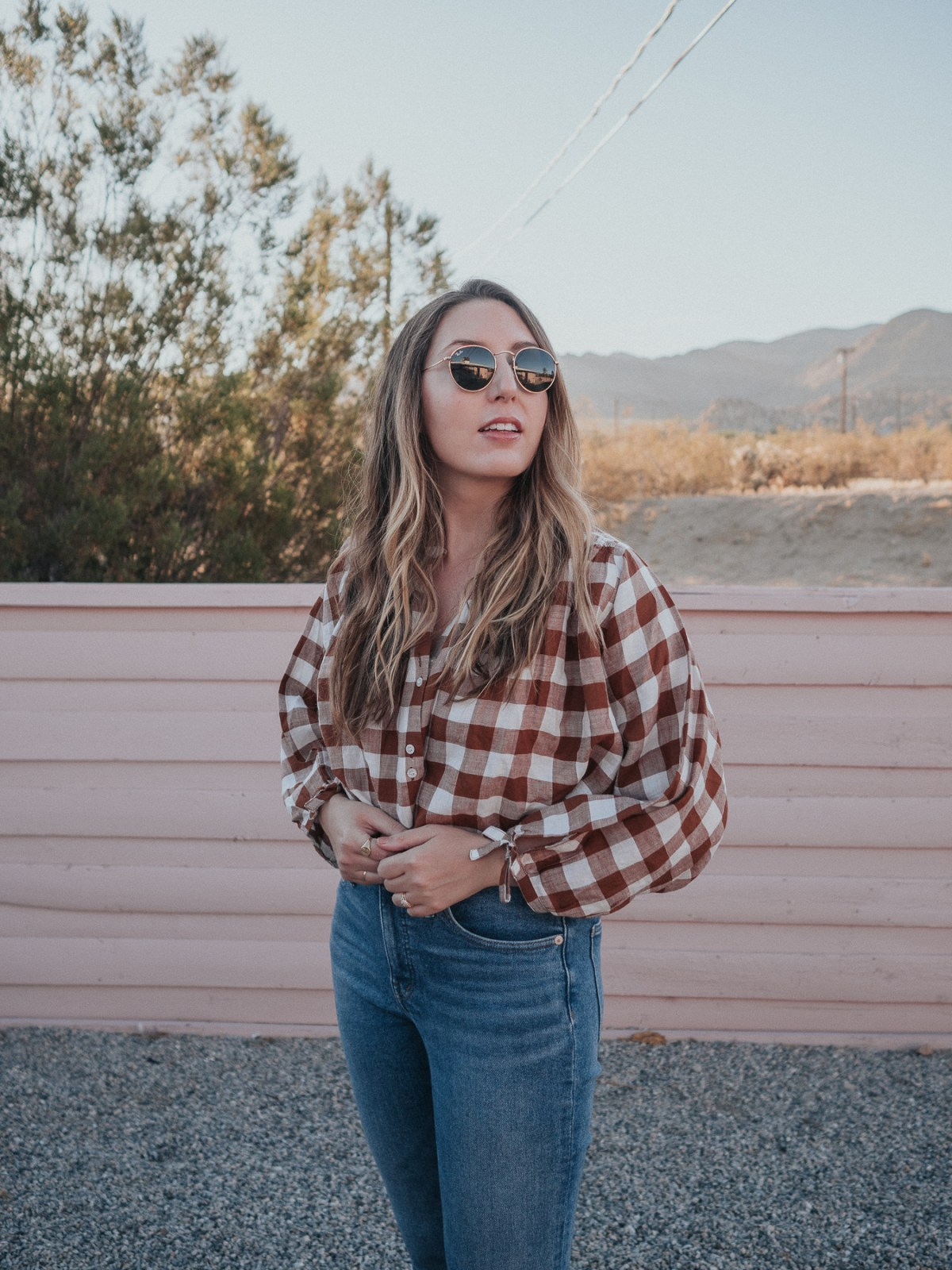 Packing Light: What to Pack for a 10 Day Southern California Roadtrip | featuring sustainable, timeless pieces to get you through a variety of situations while traveling | W&S
