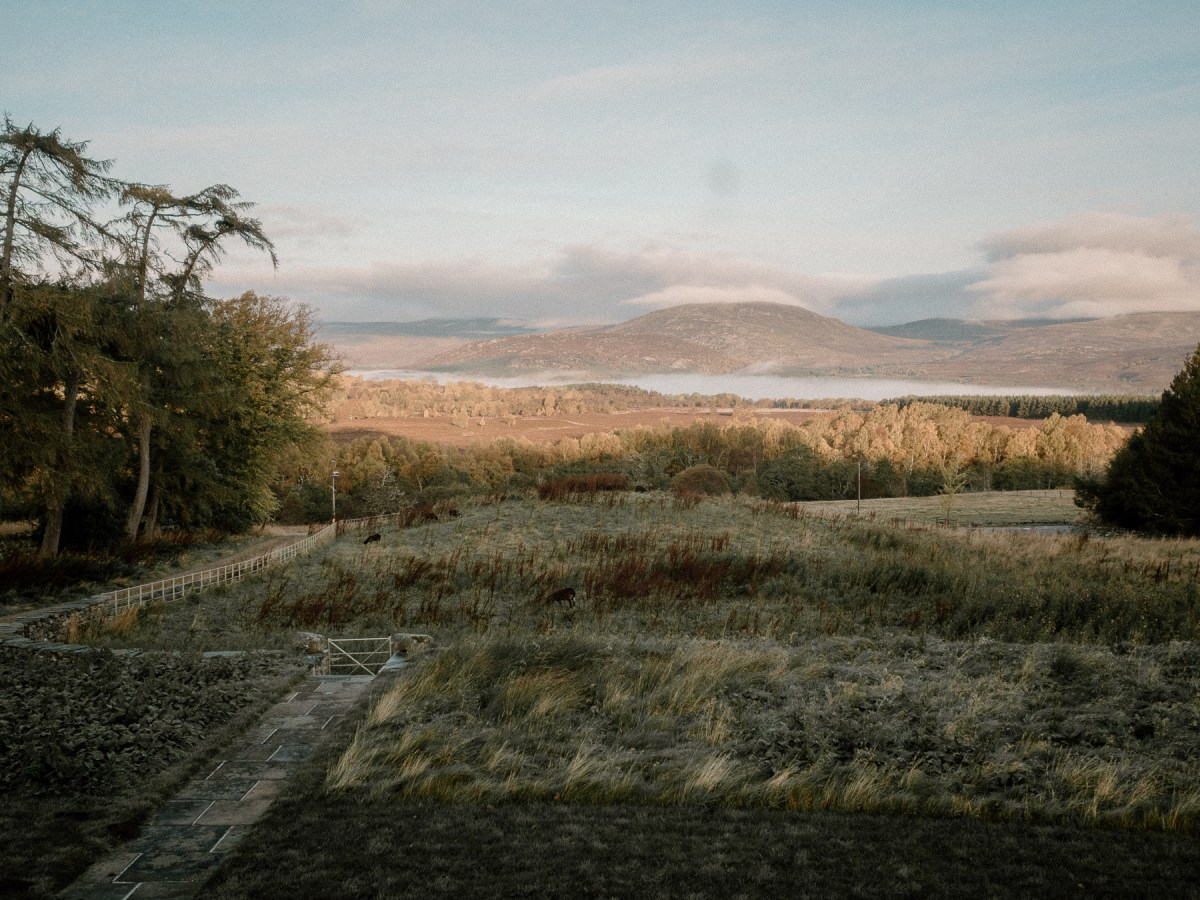 Killiehuntley Farm House, Scotland, UK | A One Week Scottish Highlands Travel Itinerary | a detailed account of exactly what we did to make the best 7 day roadtrip through the Scottish Highlands | W&S