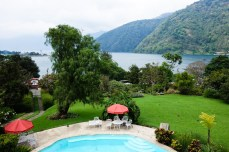 Taking a luxurious break while touring the Lago de Atitlan