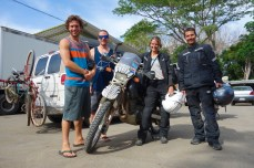 We bumped into the guys from The Great American Dream 14 while crossing into Costa Rica
