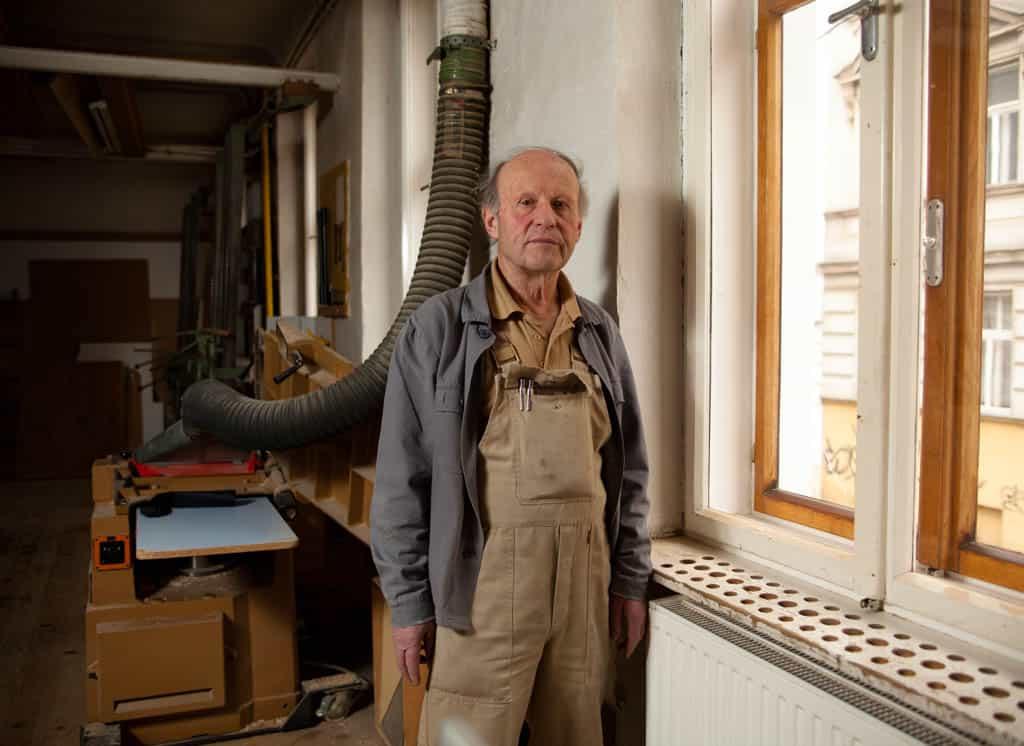 ältere Menschen erzählen über ihr Leben, Portraitfotos im Rahmen eines Projektes zu Aging Society, Wien