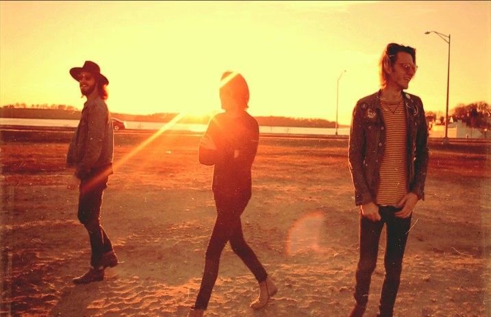 chit chat-by-beach weather-indie rock-indie music-new music-music blog-wolfinasuit-wolf in a suit