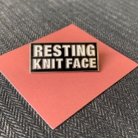 Resting knit face pin