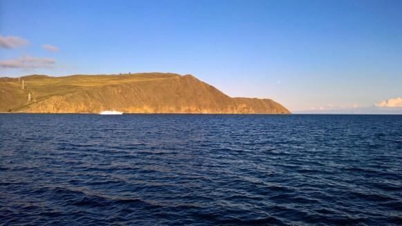 Übersetzen auf die Insel Olchon