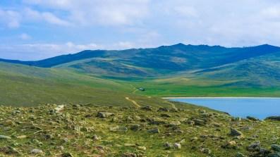 Im Süden Olchons - Blick über die bergige Steppe