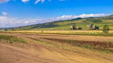 Straßenbau entlang der Tazeran-Steppe