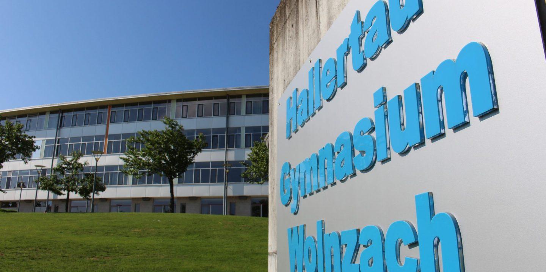 Hallertau-Gymnasium Eingang