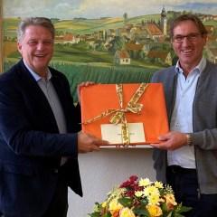 https://www.wolnzach-blog.de/2021/10/19/herzlichen-glueckwunsch-zum-40-jaehrigen-dienstjubilaeum/