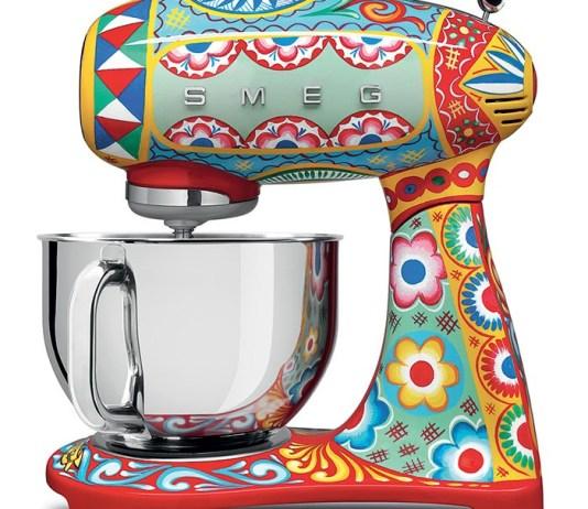 Dolce & Gabbana создали коллекцию кухонной техники в сицилийском стиле