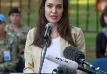 Анджелина Джоли выступила с речью перед военными и жертвами конфликтов в Африке