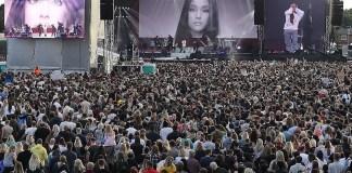 Ариана Гранде, Джастин Бибер, Майли Сайрус и другие знаменитости приняли участие в концерте, посвящённом жертвам теракта в Манчестере
